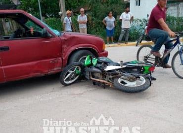 Motociclista se salvó de morir
