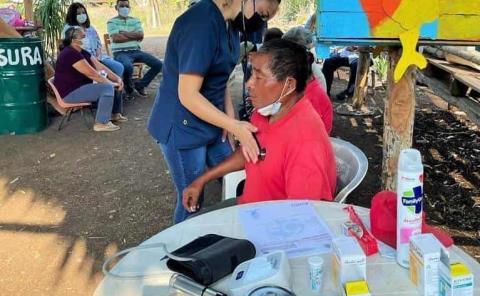 Brigada médica a comunidades