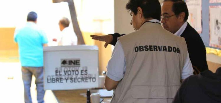 25 observadores electorales hoy