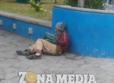 Adultos mayores sufren abandono
