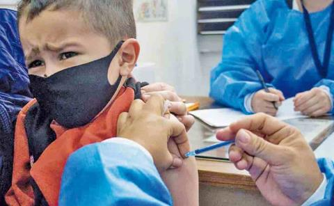 Niños a vacunarse