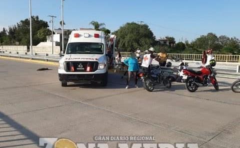 Joven motociclista resultó con heridas