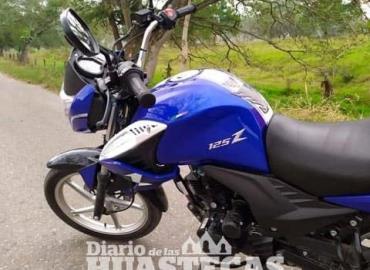Ladrones robaron una motocicleta
