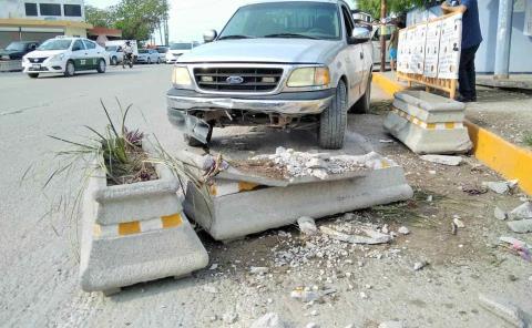 Repondrán maceteros dañados en la Ciclovía