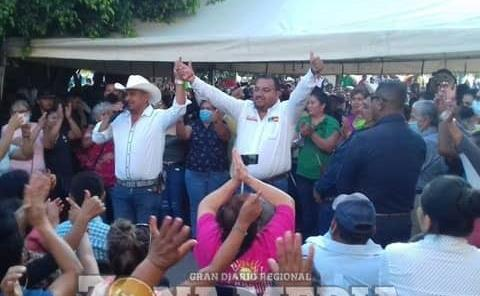 """Entregaron constancia de mayoría a """"Melones"""""""