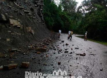 Precaución al transitar la Tehuetlán-Huazalingo