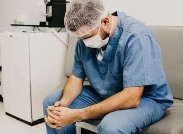 Personal médico Covid es cesado