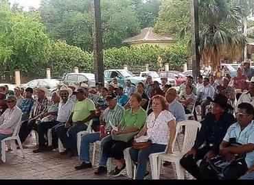 Elección paró apoyo agrario