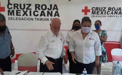 """""""De la patada va la colecta de Cruz Roja"""""""