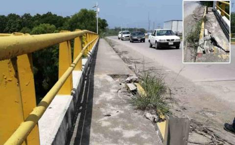 Puente Valles por colapsar