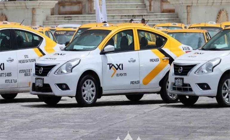 Taxistas inician conversión tecnológica a Taxi Contigo