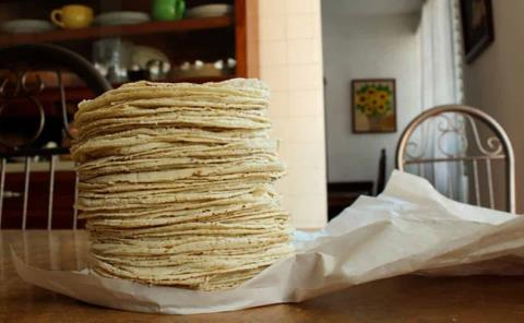 Tortilla a 21 pesos el kilo