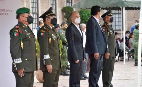 Gobierno reconoció al personal médico militar