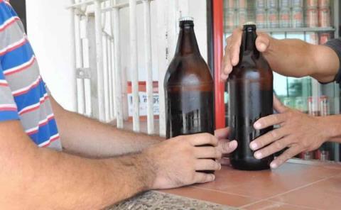 """Piden """"frenar"""" la venta de alcohol"""
