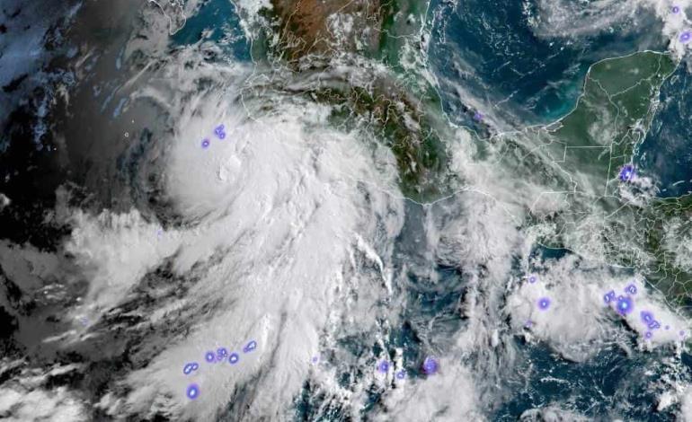 Alcanzó ´Enrique´ nivel de huracán