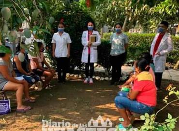 CS dio conferencia de  prevención del dengue