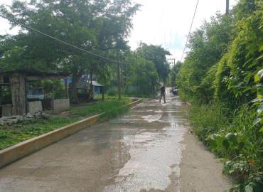 Calle es río de aguas negras