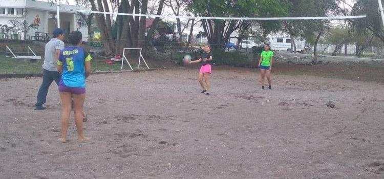 Promoverán en Valles el voleibol playero