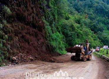 Otro derrumbe en la México-Tampico