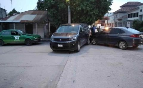 Chocaron 3 carros