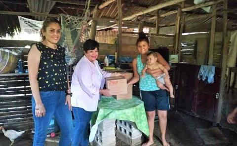 Envía DIF apoyos a afectados por lluvias