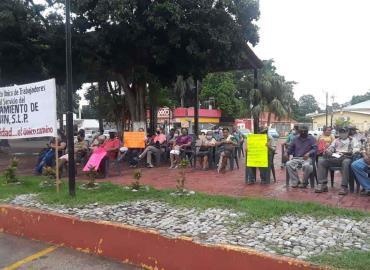Alcaldesa se reunió con manifestantes