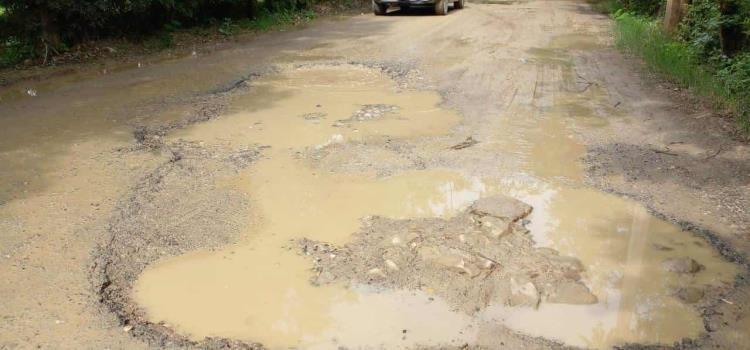 Catalogan intransitable carretera a San José
