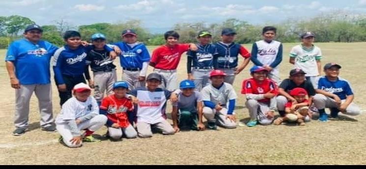 """""""El Cripi"""" un gran talento en beisbol orgullo de El Pujal"""