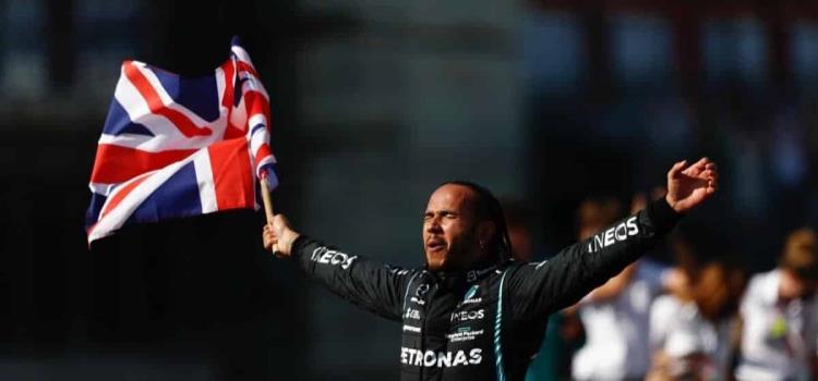 Hamilton fue blanco de ataques racistas