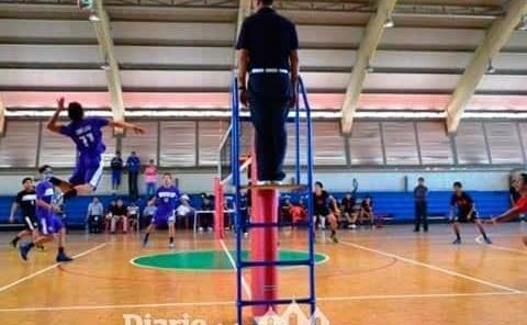 Clínica de arbitraje proyectó al voleibol