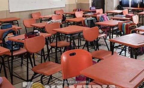 Padres tienen la última decisión en regreso a clases: Errejón Alaniz