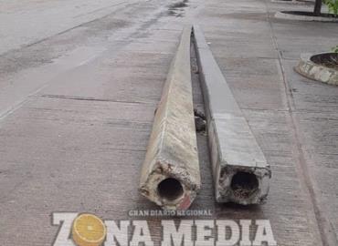 Dejan postes sin utilizar