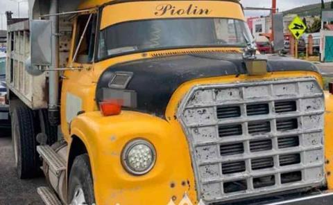 Detienen a sujetos por robo de camión