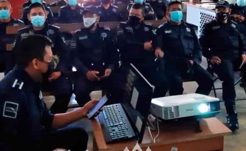 Capacitan a los policías