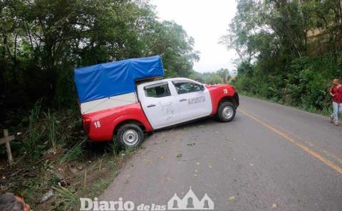 Pasajeros heridos en brutal choque