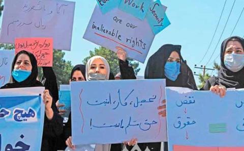 Afganas pelean por sus derechos