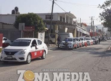 Taxistas buscan ampliar sus rutas