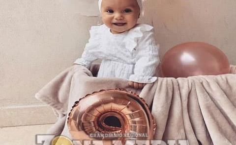 Alessandra feliz en sus 9 meses de vida