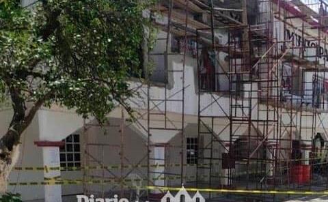 Cierran instalaciones del Palacio Municipal