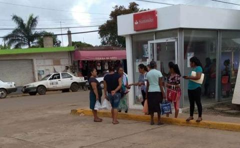 Molestia por cajero de banco Santander