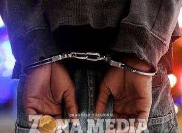 Tipos arrestados por escandalosos