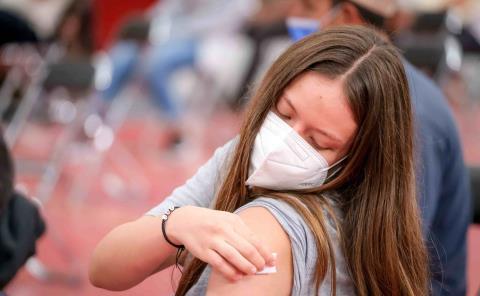 Superó Matlapa las 2,500 vacunas aplicadas a jóvenes