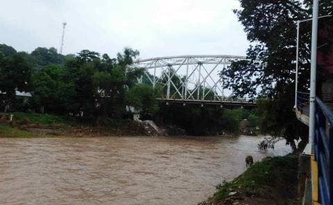 Alerta por apertura de presa de Zimapán