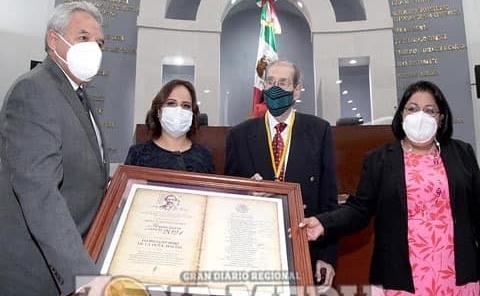 Entregó Congreso Presea Periodística Francisco Zarco
