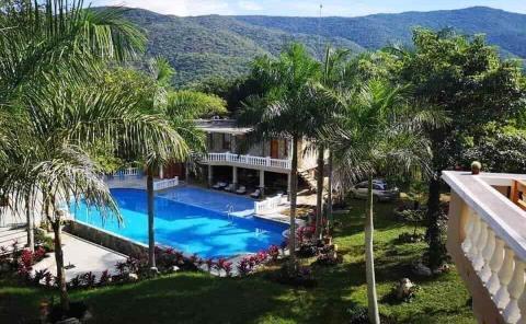 Tiene Guillén hotel de más de 40 MDP