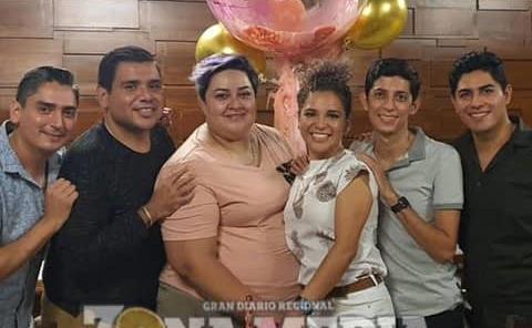 Alegre cumpleaños vivió Laura Badillo