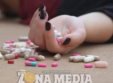 Mujeres sufren de adicciones
