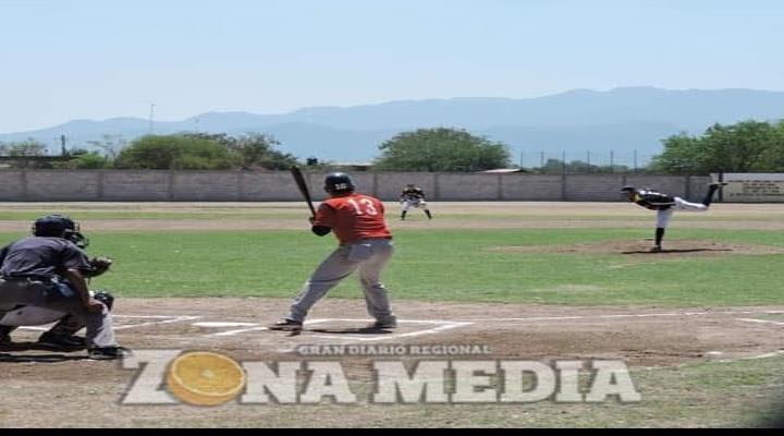 Ampáyeres del softbol necesitan capacitaciones