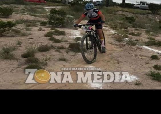 Yahel logró tercer lugar en ciclismo