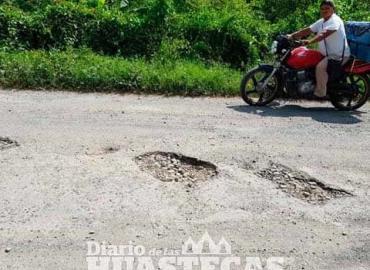 Carretera en pésimo estado